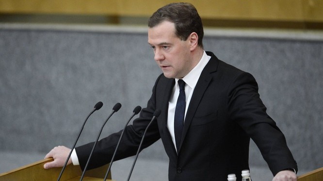 Thủ tướng Nga Medvedev: Phải dùng vũ lực chống khủng bố.