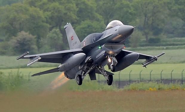Máy bay chiến đấu quân sự được phép tấn công bất cứ mục tiêu nào có dáng dấp, dấu hiệu của lực lượng đảo chính.