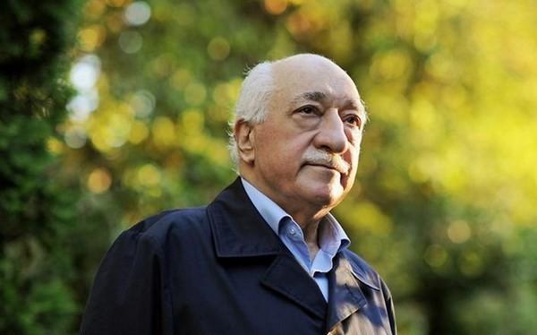 Giáo sỹ Fethullah Gulen.