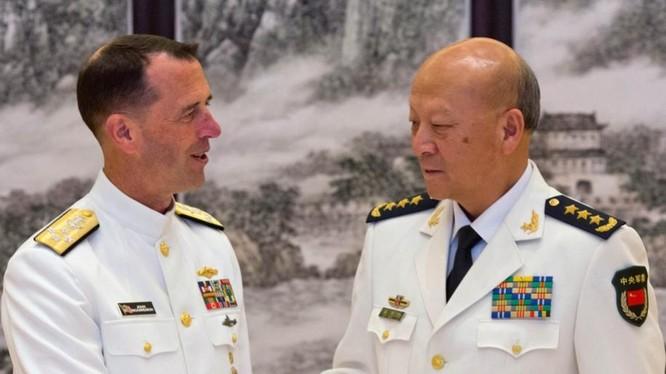 Từ ngày 17 đến ngày 19/7/2016, Đô đốc John Richardson, Tham mưu trưởng Hải quân Mỹ thăm Trung Quốc. Ảnh: Đa Chiều.