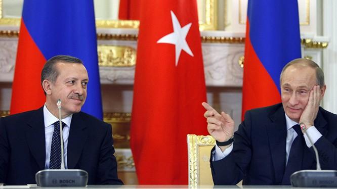 Hai ông Putin và Erdogan hẹn gặp nhau trong tháng 8 tới tại Nga