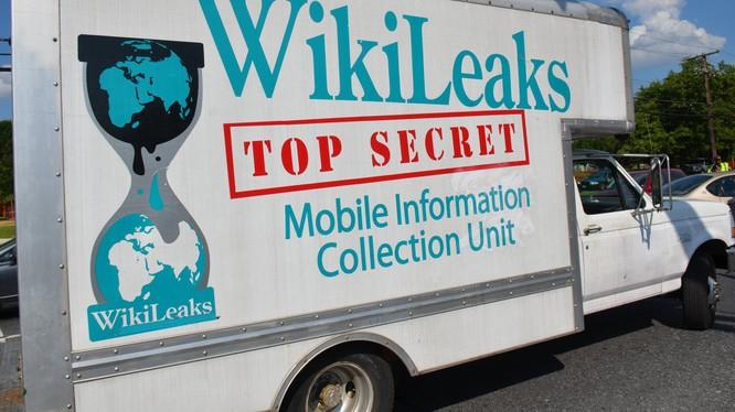 WikiLeaks công bố loạt thư điện tử đầu tiên về đảng phái của ông Erdogan.