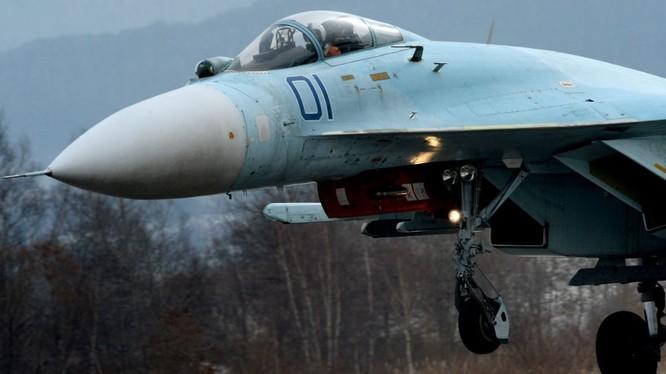 Mỹ vẫn sợ máy bay chiến đấu Su-27 của Nga?