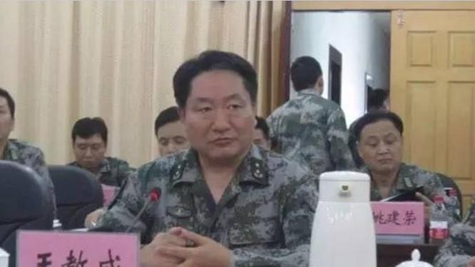 Vương Giáo Thành, thượng tướng, Tư lệnh Chiến khu miền Nam, Quân đội Trung Quốc. Ông ta người Hán, quê Lai An, tỉnh An Huy, Trung Quốc; sinh ở Hàng Châu, tỉnh Chiết Giang, Trung Quốc vào tháng 12/1952; tháng 2/1969 nhập ngũ, tháng 1/1970 vào Đảng Cộng sản