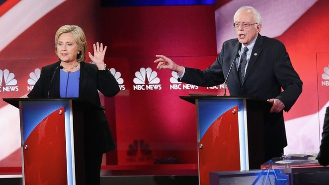 Bà Hillary Clinton và ông Sanders.