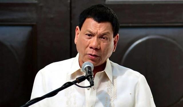 Tổng thống Philippines họp bàn chiến lược đàm phán với Trung Quốc