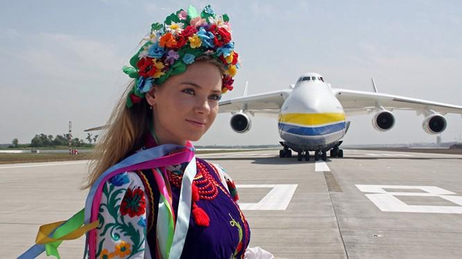 Máy bay An-225. (Ảnh: Sputnik)