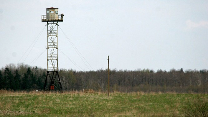 Công dân Nga dẫn lối cho người nhập cư bất hợp pháp Việt Nam bị thương ở biên giới Latvia.