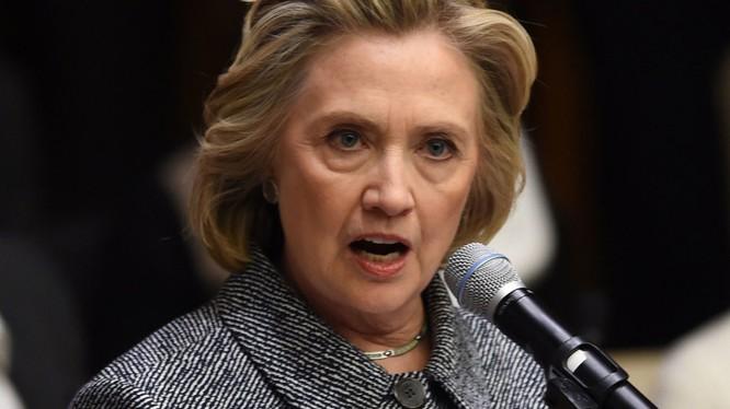 Hillary Clinton: Donald Trump đã xúc phạm các tướng lĩnh Mỹ