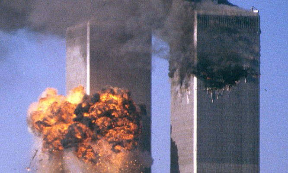 Vụ khủng bố kinh hoàng nhằm vào tòa tháp Thương Mại Thế Giới.