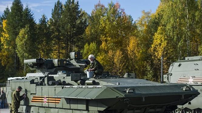 Xe chiến đấu T-15 dựa trên nền tảng Armata.