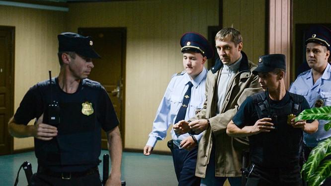 Đại tá Dmitry Zakharchenko đã bị bắt.
