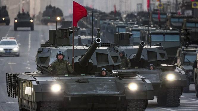 Quân khu Trung tâm Nga thành lập sư đoàn thiết giáp mới.