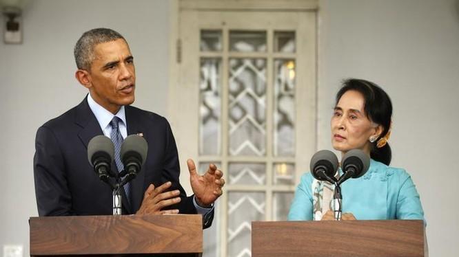 Tổng thống Obama và bà Aung San Suu Kyi.