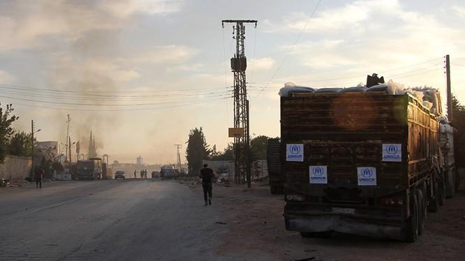 Mỹ nói Syria hoặc Nga phải chịu trách nhiệm về vụ không kích đoàn xe nhân đạo LHQ tại Syria (ảnh Sputnik).