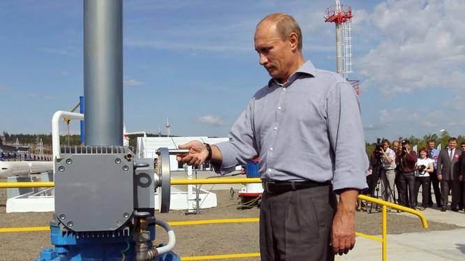 Nga đã vượt Saudi Arabia về sản xuất dầu thô (ảnh minh họa)