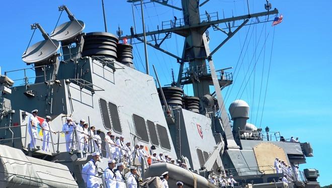 Tàu khu trục USS John S. McCain cập cảng Đà Nẵng tháng 9/2016. Ảnh: USCG/Zing.vn. (ảnh minh họa)