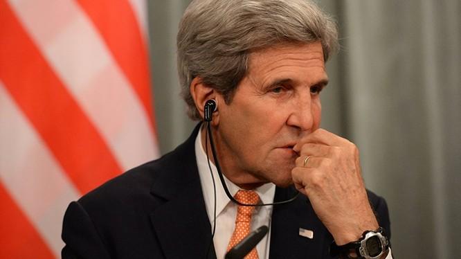 """Ngoại trưởng Mỹ Kerry: Vấn đề Syria, """"người Nga đã lừa"""" tôi"""