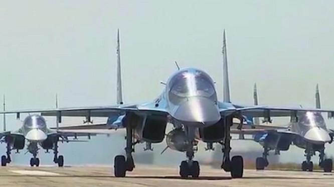 Chiến cơ Su-30 của Nga ở Hmeymime (ảnh tư liệu)