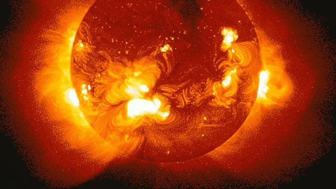 Nga hoãn cuộc thám hiểm nghiên cứu Mặt Trời (ảm minh họa)