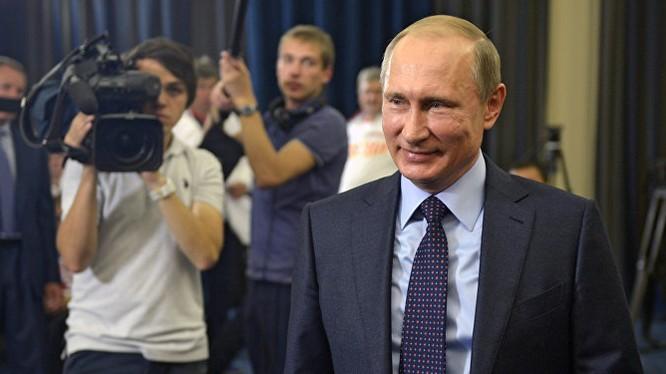 Putin bất ngờ hoãn chuyến thăm Pháp (ảnh mnh họa)
