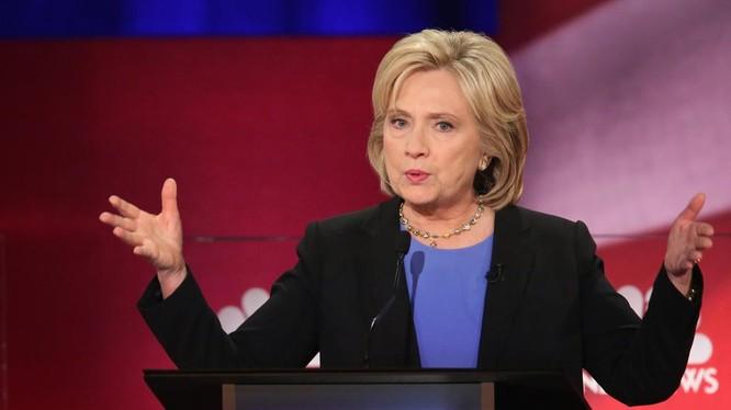 Bà Hillary Clinton tiếp tục nới rộng khoảng cách với ông Donald Trump.