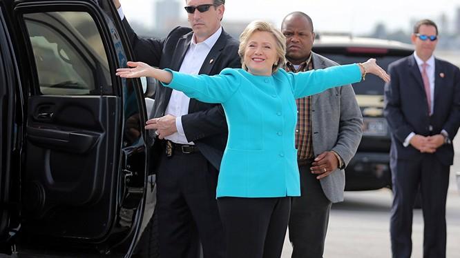 Bà Hillary Clinton đã chuẩn bị pháo hoa ở New York mừng thắng cử?