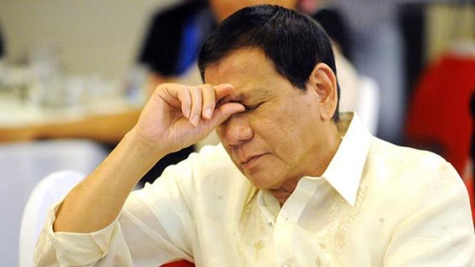 Tổng thống Philippines Rodrigo Duterte hủy thỏa thuận mua vũ khí Mỹ