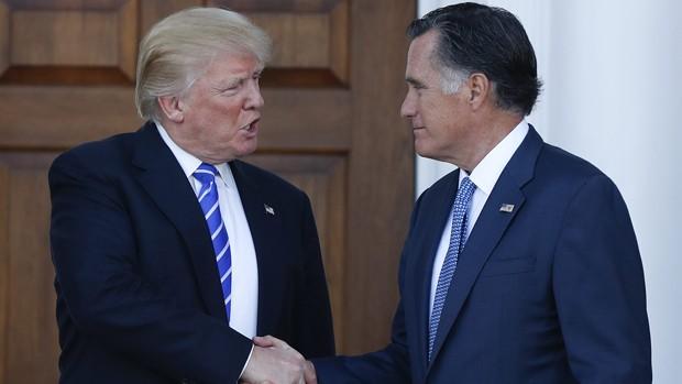 Donald Trump và Mitt Romney bàn kỹ tình hình thế giới
