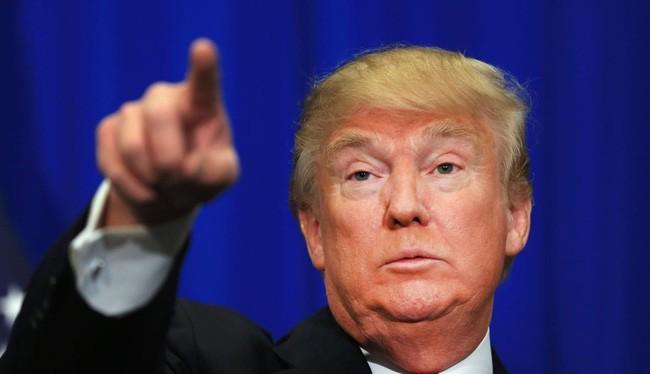 Donald Trump dọa phạt thuế các công ty sản xuất ở nước ngoài