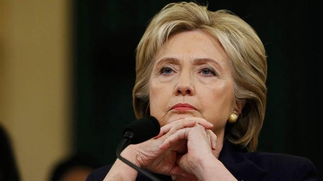 Bà Hillary Clinton vượt số phiếu phổ thông kỷ lục trong lịch sử bầu Mỹ.