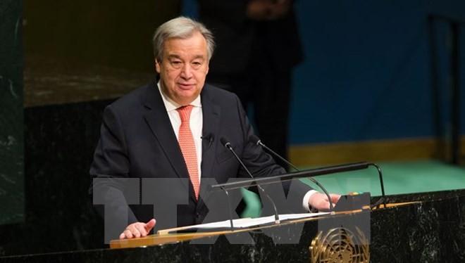 Ông Antonio Guterres phát biểu tại lễ tuyên thệ nhậm chức tân Tổng thư ký Liên hợp quốc ở New York ngày 12/12. (Nguồn: AFP/TTXVN)