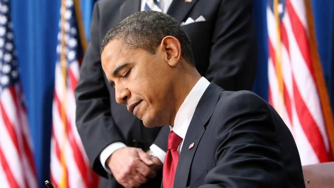 Ông Obama ký phê chuẩn dự luật ngân sách quốc phòng Mỹ (ảnh minh họa)