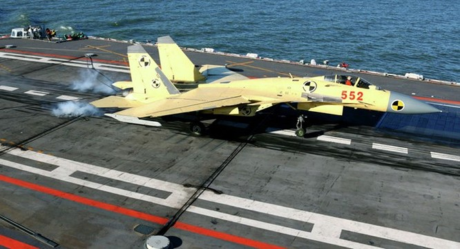 Liêu Ninh là hạm đội tàu sân bay đầu tiên của Trung Quốc. Ảnh: Sputniknews.