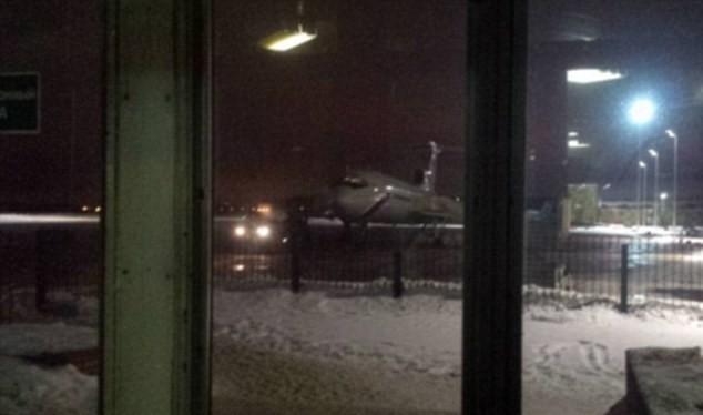 Hình ảnh cuối cùng của chiếc máy bay Tu-154 trước khi cất cánh và rơi xuống biển. (Nguồn: Daily Mail)