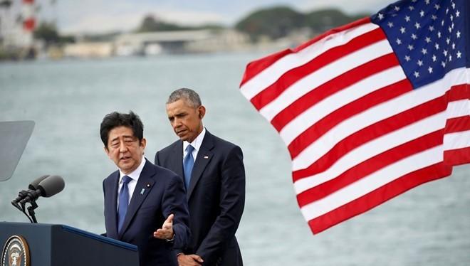 Thủ tướng Nhật và Tổng thống Mỹ trong chuyến thăm lịch sử tới Trân Châu Cảng.