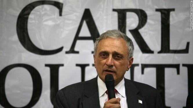 Ông Carl Paladino.