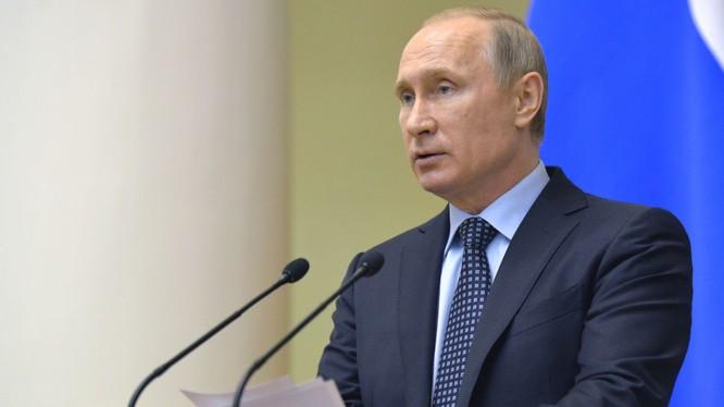 Ông Putin tuyên bố Nga sẽ không trục xuất các nhà ngoại giao để đáp trả Mỹ