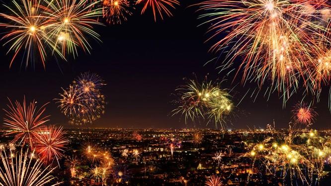 Thế giới đón năm mới 2017 với không khí tươi vui và pháo hoa rực rỡ