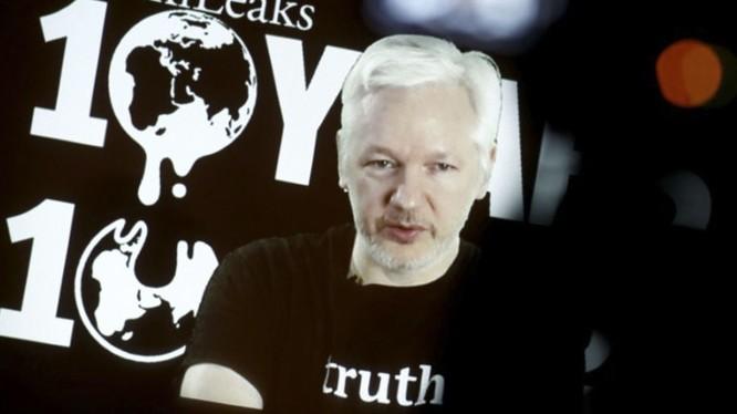 WikiLeaks tuyên bố sẽ thưởng cho thông tin về sự biến mất của các tài liệu Nhà Trắng.