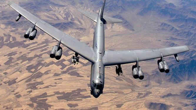 Oanh tạc cơ chiến lược B-52
