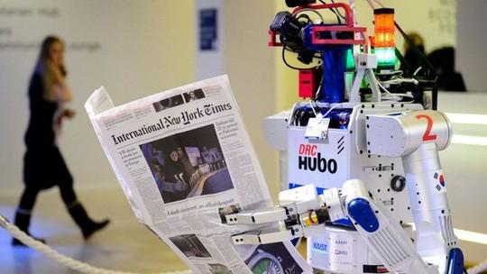 Ngày máy móc thay thế các công việc của con người không còn xa. Ảnh: AFP.