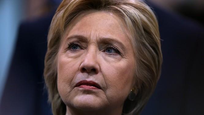Bà Hillary Clinton sẽ từ bỏ hoàn toàn chính trường?