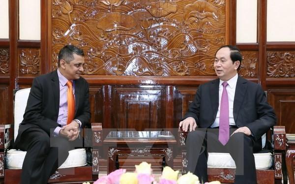 Chủ tịch nước Trần Đại Quang tiếp ông Indronil Sengupta, Tổng Giám đốc Tập đoàn TATA (ẤN Độ) tại Việt Nam. (Ảnh: Nhan Sáng/TTXVN)