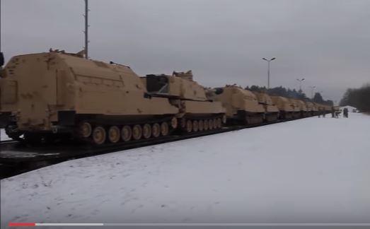 Xe tăng, pháo tự hành hạng nặng của quân Mỹ tập kết ở Ba Lan