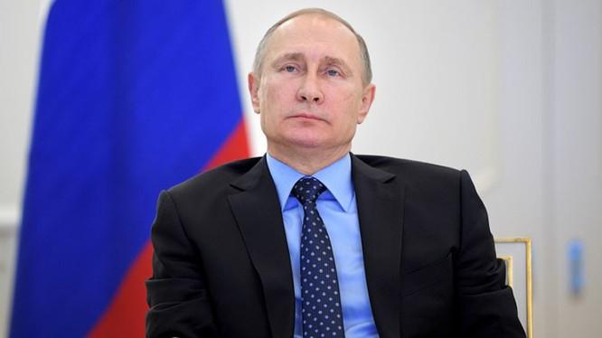Putin: Tôi không biết Donald Trump nên không có gì phải tấn công hay bảo vệ (ảnh minh họa: RT)