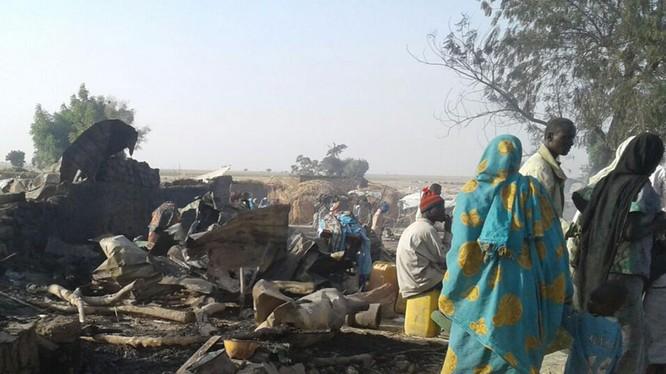 Máy bay quân sự Nigeria ném bom nhầm vào trại tị nạn, hơn 100 người chết