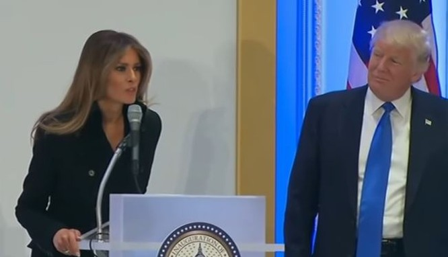 Vợ chồng tỷ phú Trump cảm ơn người ủng hộ ở Washington.