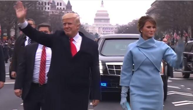 Ông Trump cùng vợ đi bộ chào dân Mỹ trên Đại lộ Pennsylvania