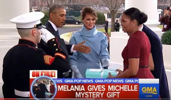 Truyền thông Mỹ tò mò về gói quà vợ ông Trump tặng vợ ông Obama